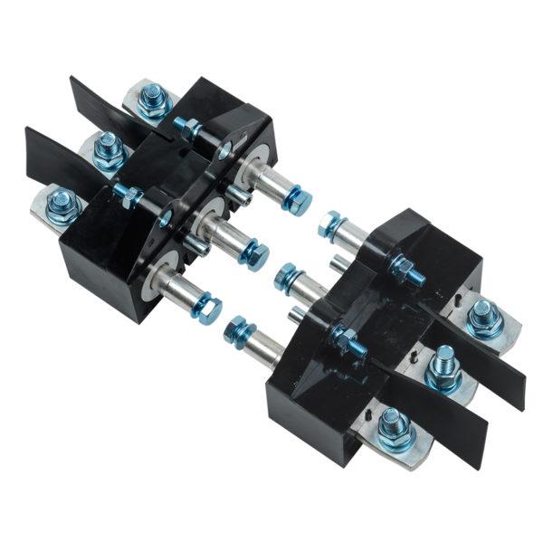 Панель втычная ПМм1-400е/630е c задним резьбовым присоединением для ВА88-39 MASTER с электронным расцепителем IEK