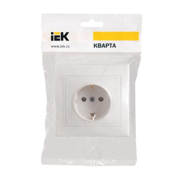 Розетка 1-местная РС10-3-КБ с заземляющим контактом без защитной шторки 16А КВАРТА белый IEK