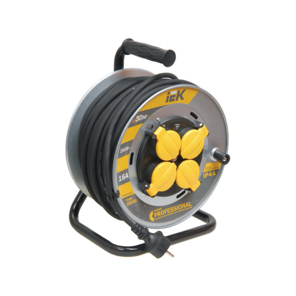 Катушка УК30 на мет. с термозащитой 4 места 2P+PE/30м КГ 3х1,5мм2 IP44 PROFESSIONAL IEK