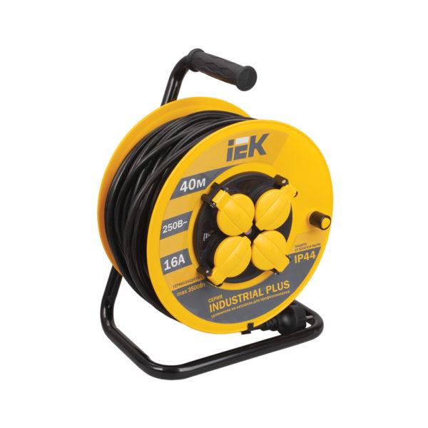 Катушка УК40 с термозащитой 4 места 2P+PE/40м 3х1,5мм2 IP44 INDUSTRIAL PLUS IEK
