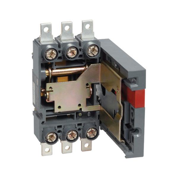 Панель ПМ2/В-40 выдвижная с задним присоединением к вертикальным шинам для установки ВА88-40 IEK